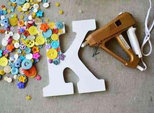 letras de madera V