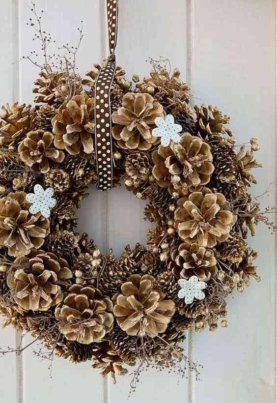 decorar con pinas V