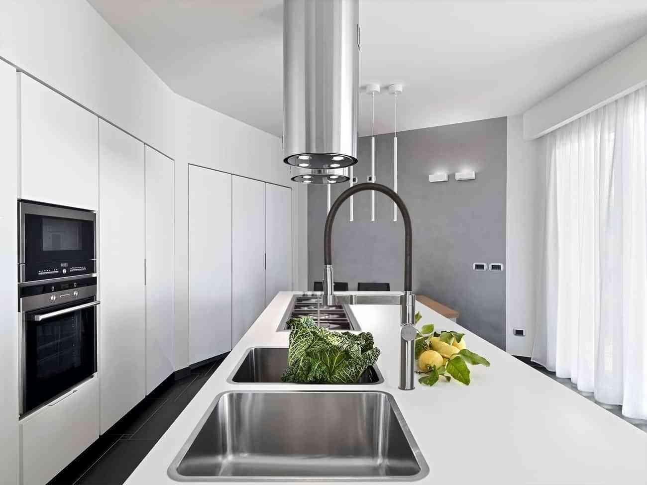 Grifo de cocina extraíble con sistema osmosis  de Ramon Soler 2