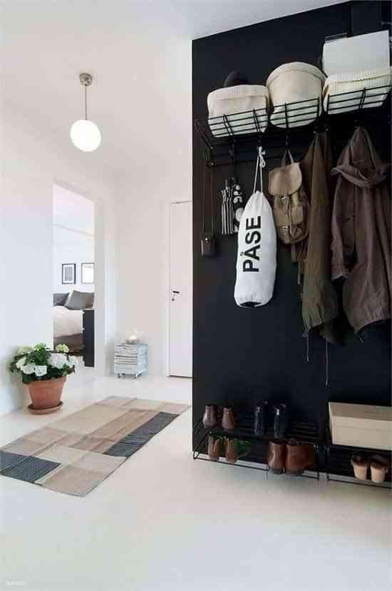 10 buenas ideas para colgar abrigos en el recibidor