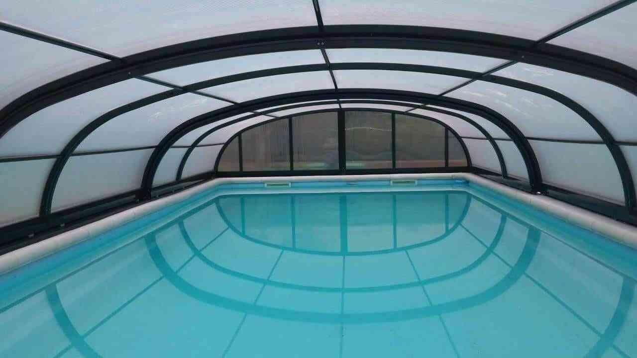 Consejos para limpiar la cubierta de tu piscina 1