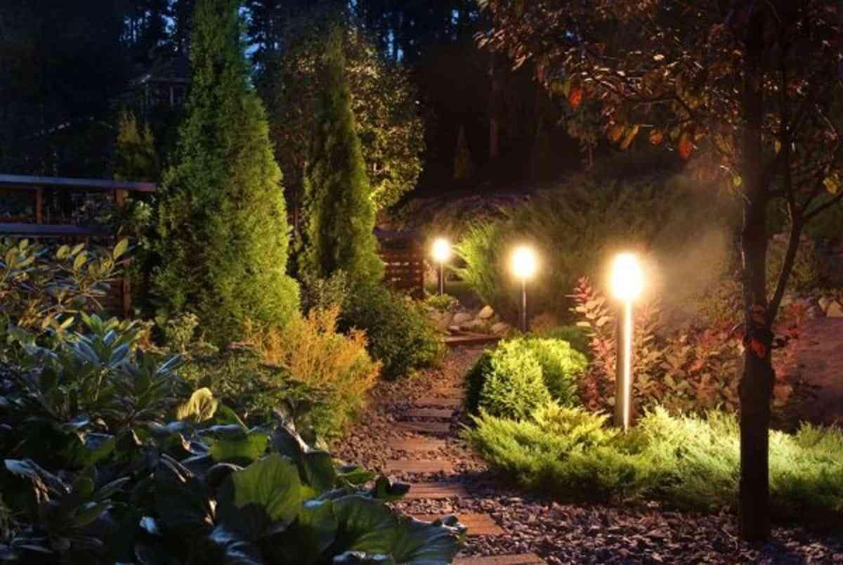 Iluminación: las mejores ideas para tu jardín en verano 3