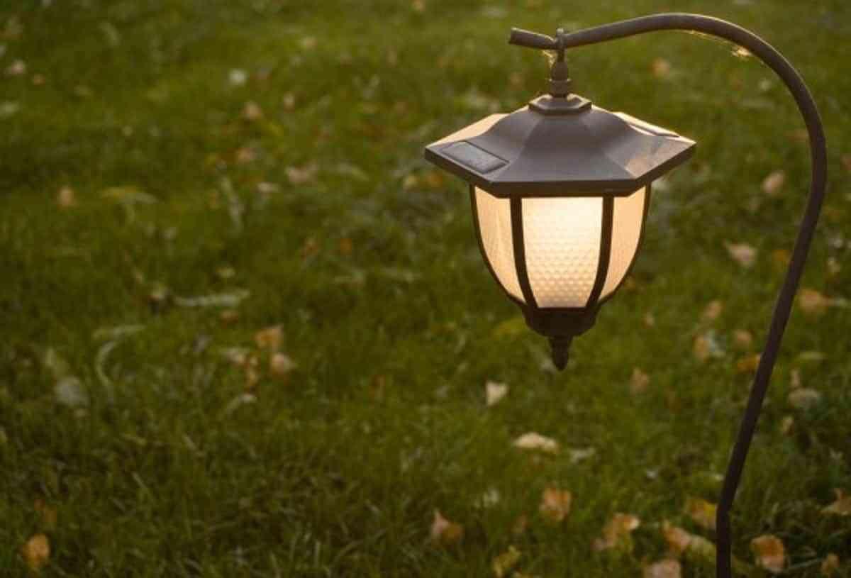 Iluminación: las mejores ideas para tu jardín en verano 1