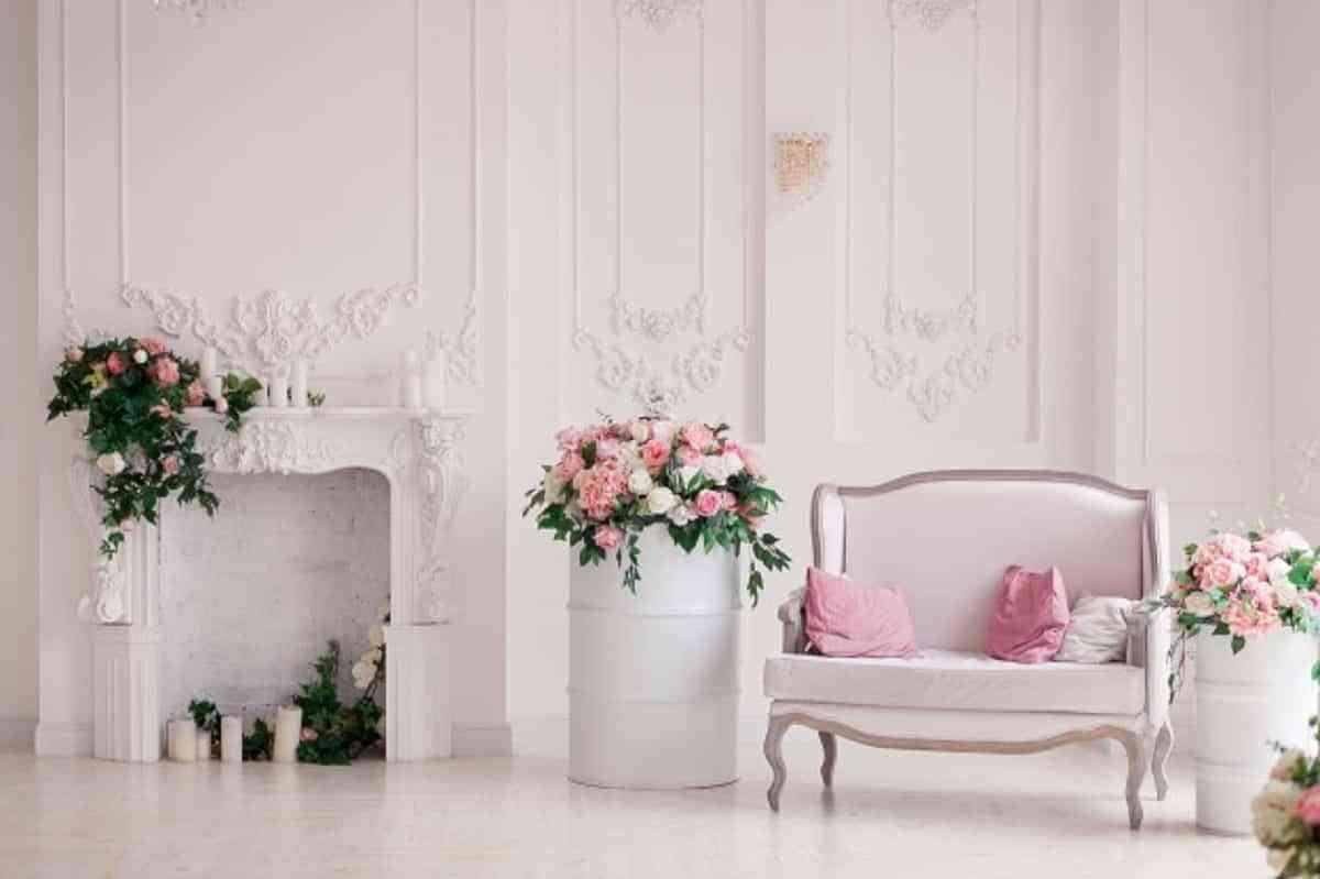Estilo clásico, combinación ideal tonos pastel con blanco en las paredes.