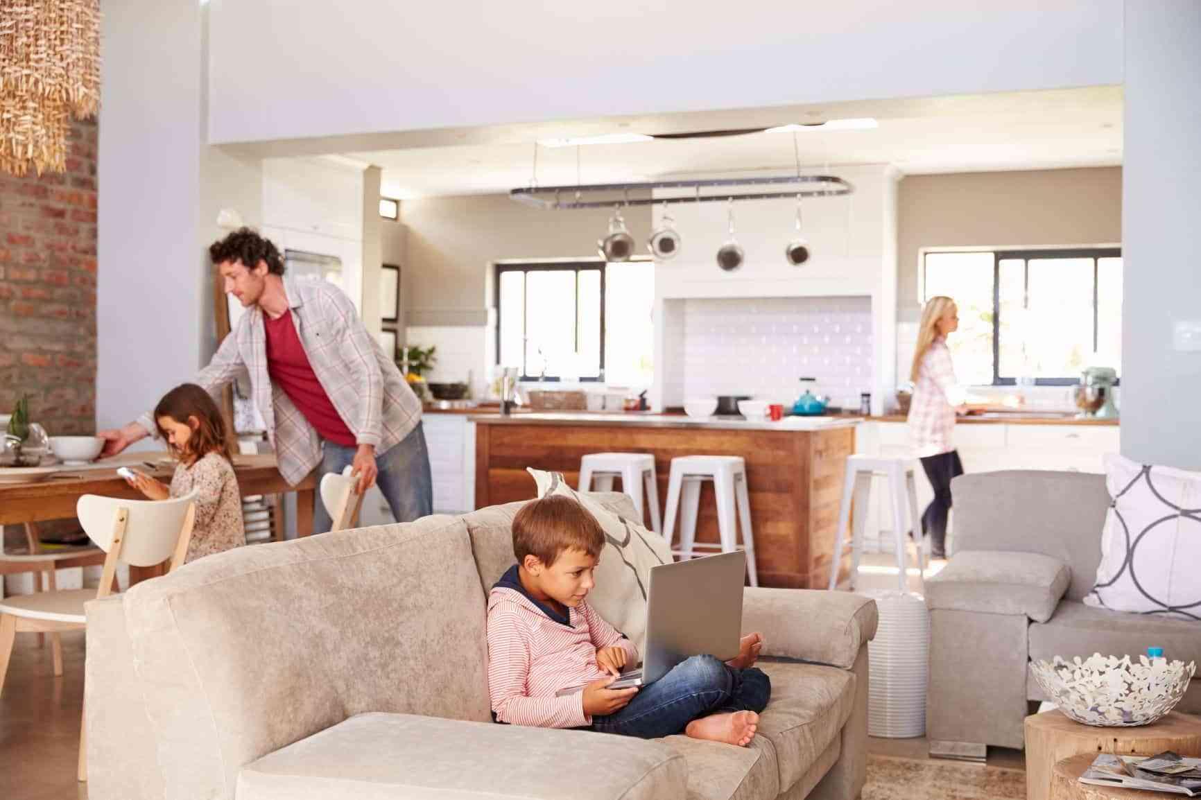 Buenas prácticas de limpieza, orden y decoración para mejorar el bienestar en el hogar 1