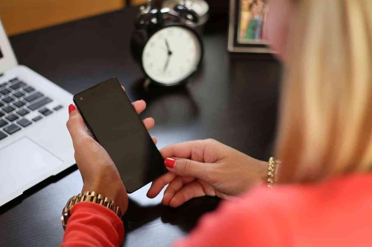 Los electrodomésticos inteligentes los manejas totalmente a través del móvil o tablet.