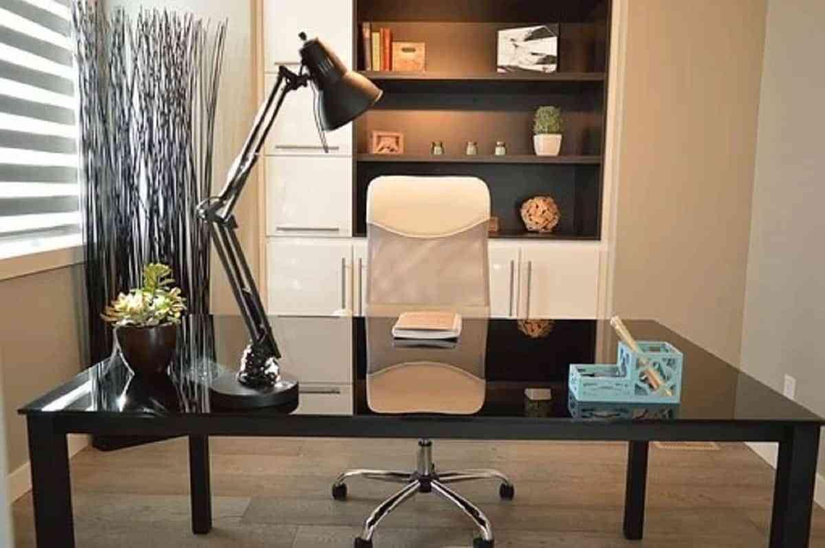 La oficina en casa debe estar en un lugar tranquilo de la casa para evitar distracciones.