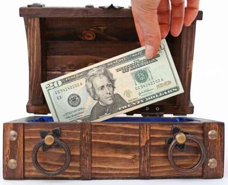 9 escondites donde guardar objetos de valor en casa