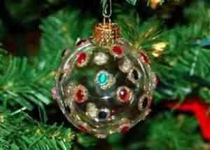 bolas-de-cristal2-300x214 Manualidades Navideñas: bolas de cristal pintadas