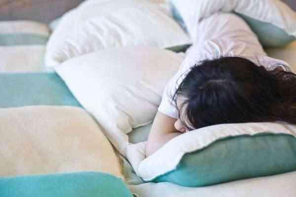 pillow-blanquet3