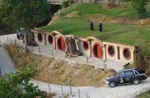 hobbit motel3