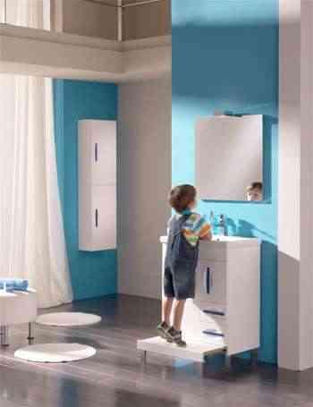 Step el mueble de ba o con escal n para lo peques for Ideas para decorar banos infantiles